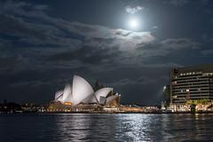 Full Moon over Sydney & the Opera House (Anselm11) Tags: opera sydney australien australia mond vollmond fullmoon moon nightshot