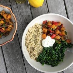 vintage veggie abundance bowl (Jackie Newgent RDN, CDN) Tags: recipe protein power bowl superfood vegetarian thereciperedux veggies leftovers vintagecuisine healthy food plantbased abundance buddha