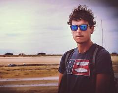 (Laura Tintignac photographie) Tags: holister plage portrait homme publicit sun beach visage