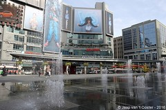 2016-10-26_77118 (Jaap van 't Ooster) Tags: canada ontario toronto dundassquare