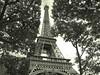 Eiffel (m@®©ãǿ►ðȅtǭǹȁðǿr◄©) Tags: torreeiffel toureiffel campodemarte champdemars paris france arquitectura monocromo bw olympusepl1 zuikoed14÷42mmf35÷56 marcovianna marcoviannafotógrafo m®©ãǿ►ðȅtǭǹȁðǿr◄©