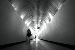 Light (Daniel Staaf) Tags: sony nex7 zeiss 35mm 3528 blackandwhite blackwhite bw monochrome streetphotography street streetphoto tunnel stockholm sweden bokeh light city europe