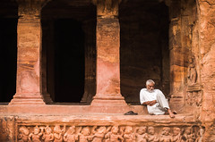Temple guardian (Anna Toft) Tags: man india indian cave temple badami travel people