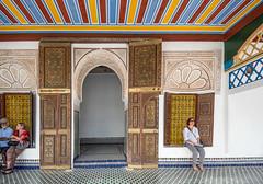 Palacio de la Bahía (jsalgados54) Tags: majorelle niqab mercadillo jardín chador gueliz velo tumbassadíes menara madrasa mercado bahia palacio atuendo hiyab medina koutoubia marruecos kasbah hivernage comercio litam islam mezquita lamomounia marrakech marrakesh marrakeshtensiftelhaouz ma
