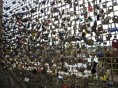 DSCN6573 (stamford0001) Tags: newcastle upon tyne high level bridge love locks padlocks