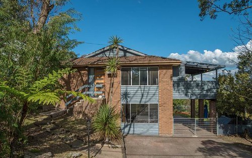 18 Davies Avenue, Springwood NSW 2777