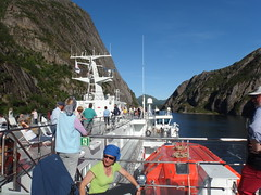 On a Tourist Ship in the Trollfjord, Norway (3) (Phil Masters) Tags: 21stjuly july2016 norwayholiday norway raftsund raftsundet thetrollfjord trollfjorden trollfjord shipsandboats tourists msspitsbergen hurtigruten