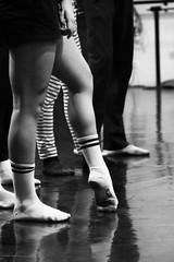 Echauffement (Herebuse) Tags: danse mouvements ballet repetition entrainement nb bw contraste dance danseurs dancers