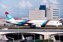 Japan Air System | Boeing 777-200 | JA009D | Tokyo Haneda (Dennis HKG) Tags: jas jd japanairsystem boeing 777 777200 boeing777 boeing777200 aircraft airplane airport plane planespotting tokyo haneda rjtt hnd ja009d