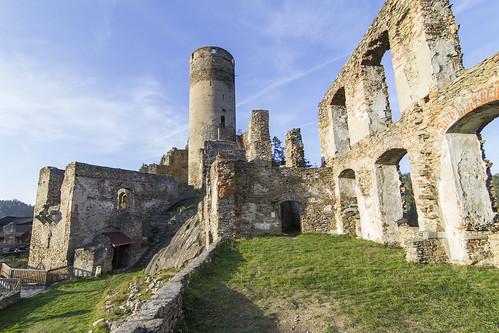 Burgruine Kollmitz Bergfried