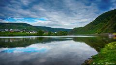 Reflection @ Mosel (Jan v B) Tags: reflection water deutschland vakantie duitsland mosel wijn whine reflectie moezel vakantienajaar2015