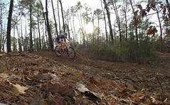 Racing the sun! #weavercycleworks #custombicycles #ridethepines #singlespeed #gopro #mtb