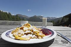 143u_MG_8332_02 (iqmhonob30) Tags: essen sommer alm alpen pause rast almwirtschaft wanderziel