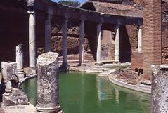 Tivoli - Villa Adriana - Teatro Marittimo (Fontaines de Rome) Tags: tivoli villaadriana villa adriana teatromarittimo teatro marittimo