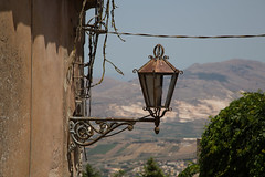 Lamp ... (Ged Slaughter Photography) Tags: lamp italy italia sicilia sicily erice gedslaughter
