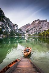 Getting to shore (Hugo Carvoeira) Tags: green lake braies lago pragser wildsee water reflection italy italia cortina dampezzo boat boattrip