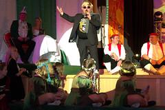 Ob Himmel, Hölle, Frau und Mann - Gegensätze zieh'n sich an (OCV Fan's Bilder) Tags: carneval fasching funkengarde garde männerballett miez ocv oelsnitz prinzenpaar sachsen sarah showballett stadthalle oelsnitzerzgebirge deutschland deu