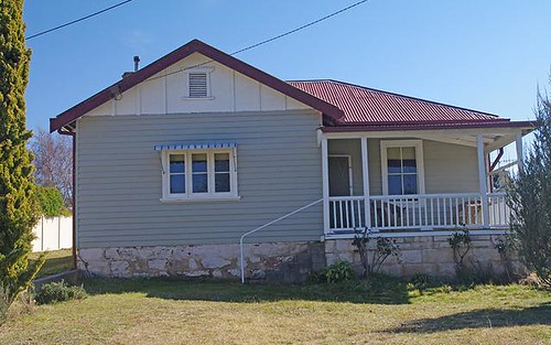 27 Queen Street, Bombala NSW 2632