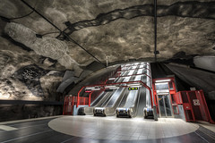 Red Point... (JH Images.co.uk) Tags: stockholm underground metro station steps escalator tunnelbana sweden red entrance train hdr dri