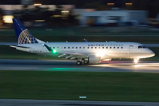 United Express (Republic Airlines) Embraer 175 N726YX KCMH 22SEP15