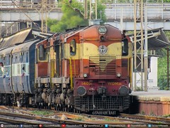 KZJ (Kazipet) WDM3A 14031 Baldie (Saurabh Raut) Tags: red wallpaper india train ir bald trains kerala express trainspotting wr icf imported palghar indianrailways baldie rajkot secunderabad irfca 14031 17017 plg westernrailways kranti taklu wdm3a kzj kazipet kochuveli wcam1 kcvl