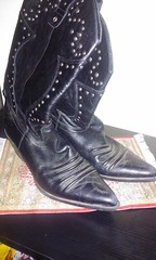 20151226_224731 (hotshoesforu1) Tags: girls black feet girl leather socks fetish foot shoe costume high cowboy shoes toes soft hooters teens womens well used teen smell worn heel stripper cowgirl waitress mistress abused buttery insole winghouse porstar higheel