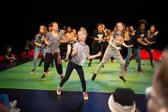 J57B4497 (SKVR) Tags: get up dance dans voorstelling presentatie jongeren skvr dansers evenement hennekijnstraat hesterblankestijn