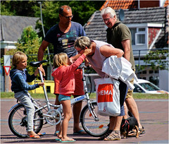Crowded (Hindrik S) Tags: crowded people bike fyts fiets rad boy girl man woman pake opa grandfather father mother child bern kinderen square oldehoofsterkerkhof aldehoustertsjerkhf street straat strjitte streetphotography straatfotografie candid liwwadden ljouwert leeuwarden frysln nederland kh2018 2016 sonyphotographing sony sonyalpha a57 57 slta57 tamronaf16300mmf3563dillvcpzdmacrob016 tamron 16300 tamron16300 hugging hug knuffel summer simmer zomer sommer