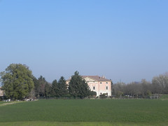 DSCN7193 (Gianluigi Roda / Photographer) Tags: ancientmansions mansions autumn countryside fields trees