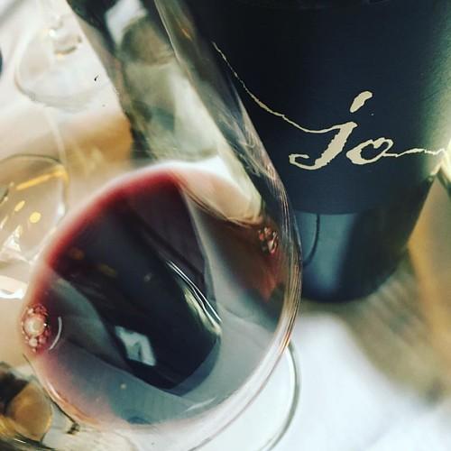 Profonda #Puglia in trattoria oggi, nel #negramaro Jo di Gianfranco Fino e Simona Natale si può leggere il futuro ? Spezie e intensità a più strati, colore da ipnosi @gianfrancofinoviticoltore #winelover #winelovers