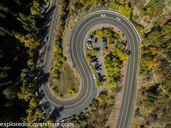 Lots of curves on our way up #bigcottonwoodcanyon . #explorediscovershare #djiphantom3 #dji #drone #fly #road #fall #utah #utahphotographer #flickr #picoftheday #roadtrip (explorediscovershare) Tags: instagram lots curves our way up bigcottonwoodcanyon explorediscovershare djiphantom3 dji drone fly road fall utah utahphotographer flickr picoftheday roadtrip