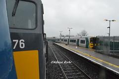 Irish Rail GM 076 & Class 2600 Railcar In Mallow Station. (Roche B10M VanHool) Tags: irish rail gm 076 class 2600 railcar in mallow station
