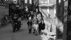 Nepali Kids#4 (Kantashoothailand) Tags: canon 1dx markii ef2470mmf28liiusm kids people bw blackandwhite monochrome nepal travelphotography streetphotography candid