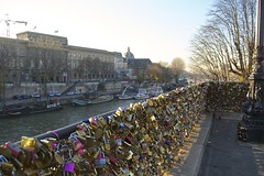 DSC_0407 (RobDuff Photograph) Tags: saint michel pont neuf paris seine cadenas