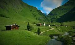 Valles (bosilucabasilio) Tags: trentino altoadige monti baita valle prato rio pusteria bolzano montagna rifugio pastorizia