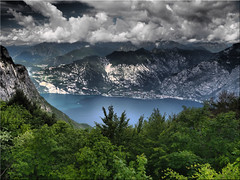Lago  di Garda - View from Bocca di Navene /  Monte Baldo (Ostseetroll) Tags: geo:lat=4578798794 geo:lon=1087250129 geotagged ita italien lagodigarda montebaldo veneto boccadinavene gardasee lakegarda italia italy