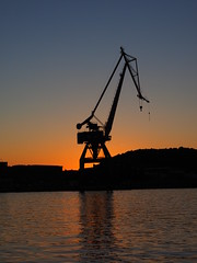 Crane in Goteborg, Sweden (FEder Photography) Tags: crane goteborg sweden sunset
