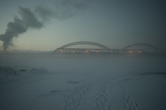winter fog (alexeybahmetyev) Tags: winter inverno  nebbia fog ponte bridge nikon d3300 nature russia river fiume foto photo smoke neve nice bellissimo bianco white nizhny novgorod sera trevel