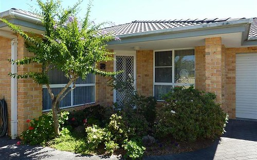 2/93 Goldens Rd, Forster NSW 2428