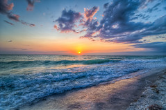 tumblr_ltoueqtz8o1qi23vmo1_500 (torbenzeh) Tags: ocean light sunset summer vacation sky sun color beach sunshine relax photography sand nikon colorful horizon wave wideangle tokina sanibel goodtimes captiva d300 2011 ä28 chrisacu–a