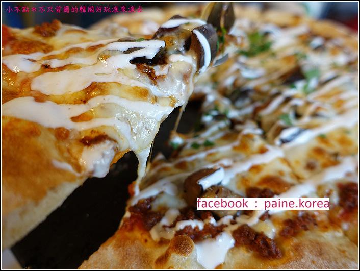首爾北村鐵匠烤窯Pizza (23).JPG