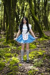 Alicia (Bravo Fotografia) Tags: forest alicia alice bosque fantasia wonderland fantasi
