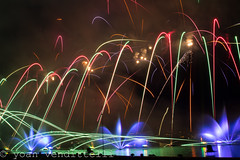 Fireworks 15 (Yoan Vendittelli (WELCOME BACK)) Tags: france annecy colors festival canon eos colorful fireworks explosion feu dartifice 2015