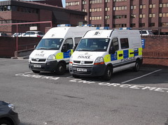 Merseyside Police Renault Master (MF56XFC) (Neil 02) Tags: liverpool policevan merseyside emergencyservices policevehicle renaultmaster merseysidepolice mf56xfc