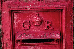 CSBH6751f (pallen1761) Tags: old red office post mail box royal broadstairs
