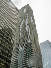 IMG_0163.jpg (Richard Y2) Tags: chicago tower aquatower
