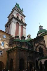 A Korniakt-torony a Mria Mennybemenetele ( ) ortodox templom rsze. Ezt is Constantine Korniakt, grg keresked pttette a 16. szzadban. Mai formjt s 65 mteres magassgt az 1695-s tzvsz utn nyerte el. (sandorson) Tags: travel lviv ukraine galicia lvov  lww lemberg galcia leopolis ukrajna    sandorson ilyv halics