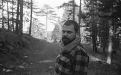 20151101-taramalar258 (yabankazi) Tags: travel portrait bw film 35mm blackwhite voigtlander bessa rangefinder 40mm nokton blanconegro bessar3a fomapan siyahbeyaz yenice fomopan400