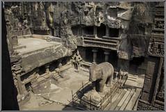 Templos y cuevas de Ellora (Fotocruzm) Tags: india asia maharashtra aurangabad patrimoniomundialdelahumanidad hinduista rupiaindia cuevasellora fotocruzm mcruzmatia religiónhinduista grutabudista