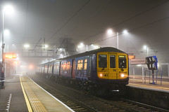 319432 - Harpenden - 1A07 (richa20002) Tags: mist electric misty fog night fcc tl capital foggy first class multiple emu connect unit thameslink 319 brel tsgn